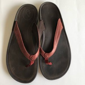OluKai Flip Flop Sandals Red Leather Womens 9 39